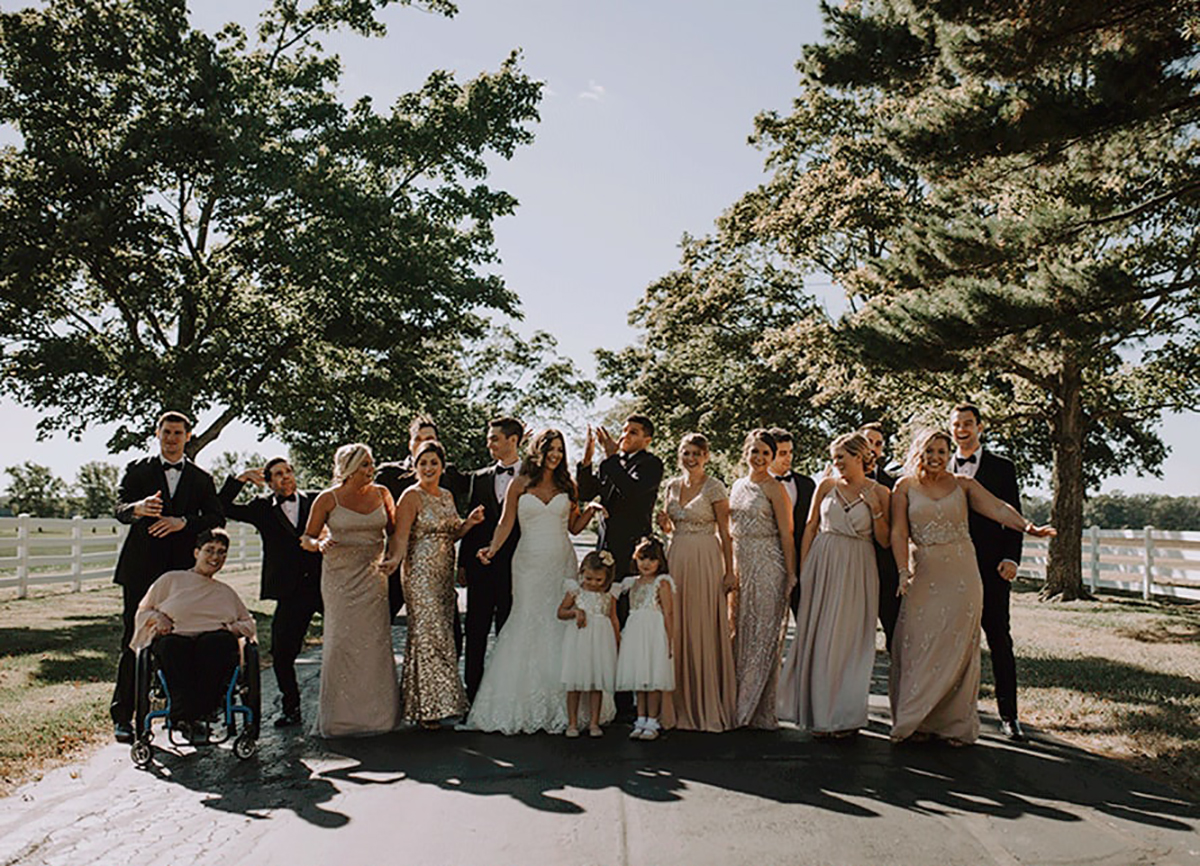 Bridal party outside of the Darby House